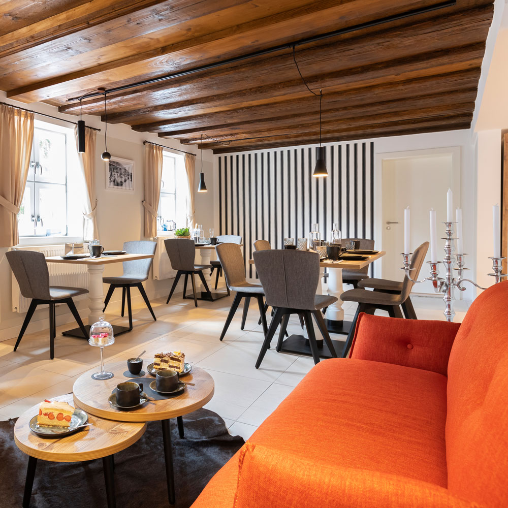 HOTEL ASTON'S Kulinarik